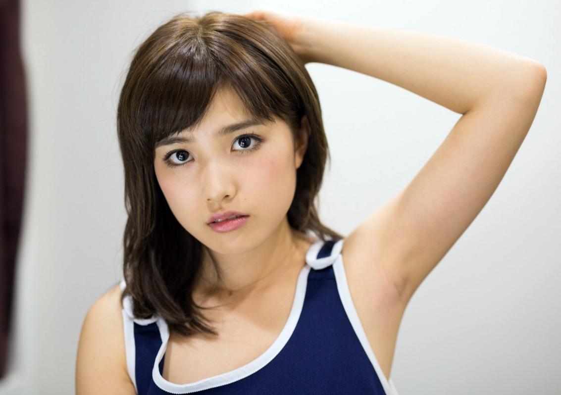 濱田あおいの美腋 (1)