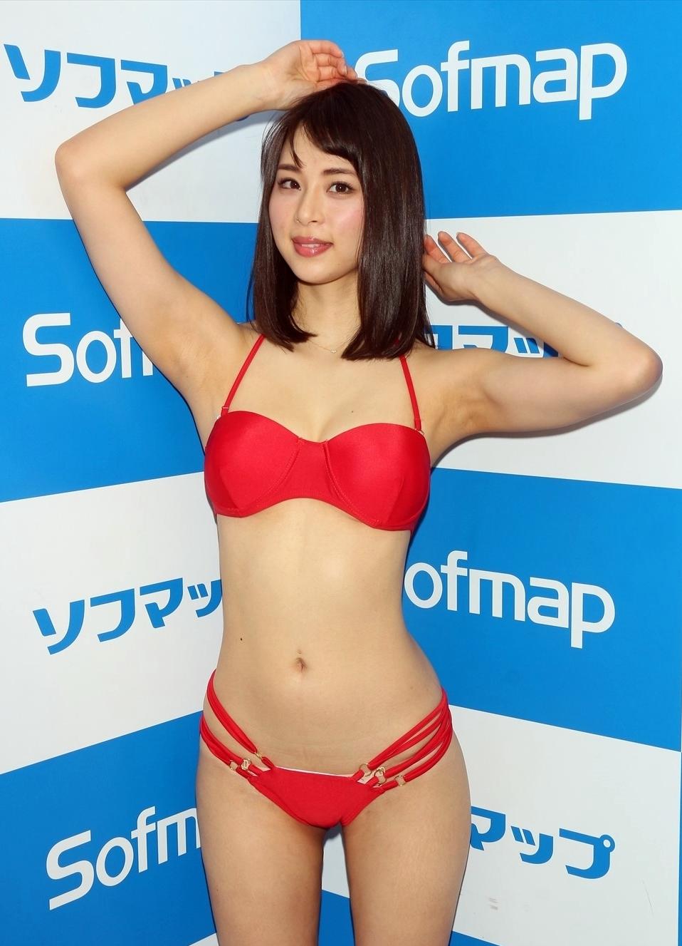 山本成美の美腋 (3)