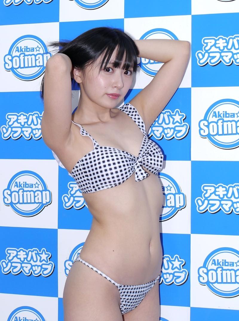 綾崎かのんのエロカワ腋 (8)