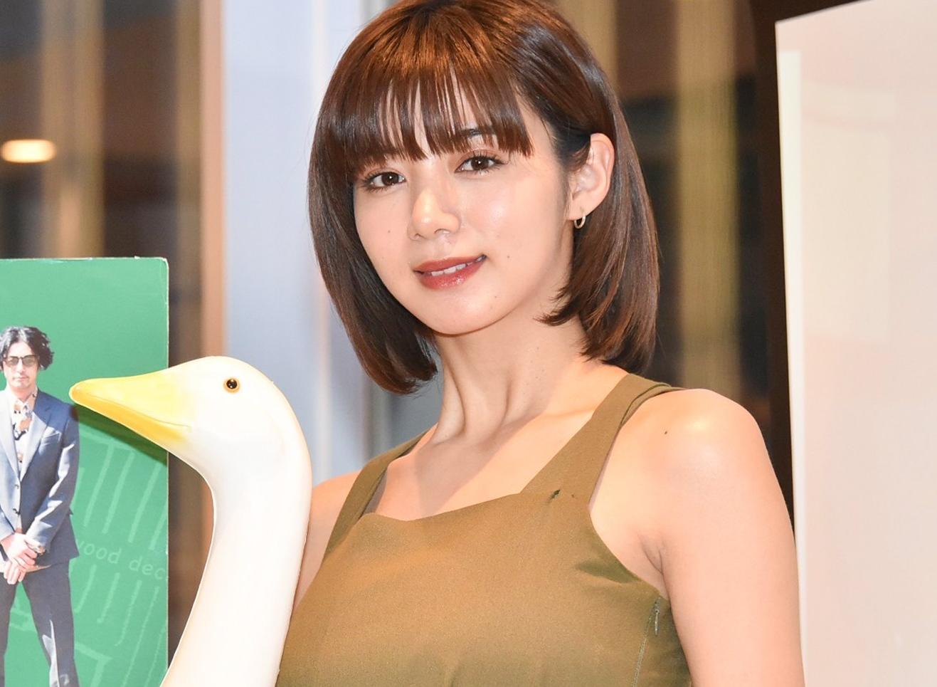 池田エライザの美腋 (2)