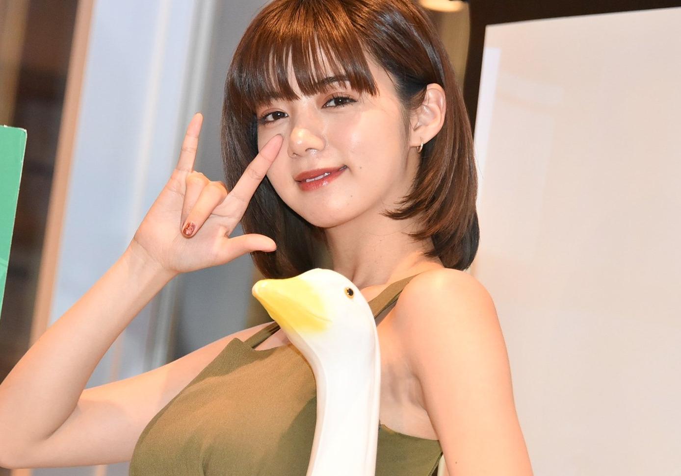 池田エライザの美腋 (5)