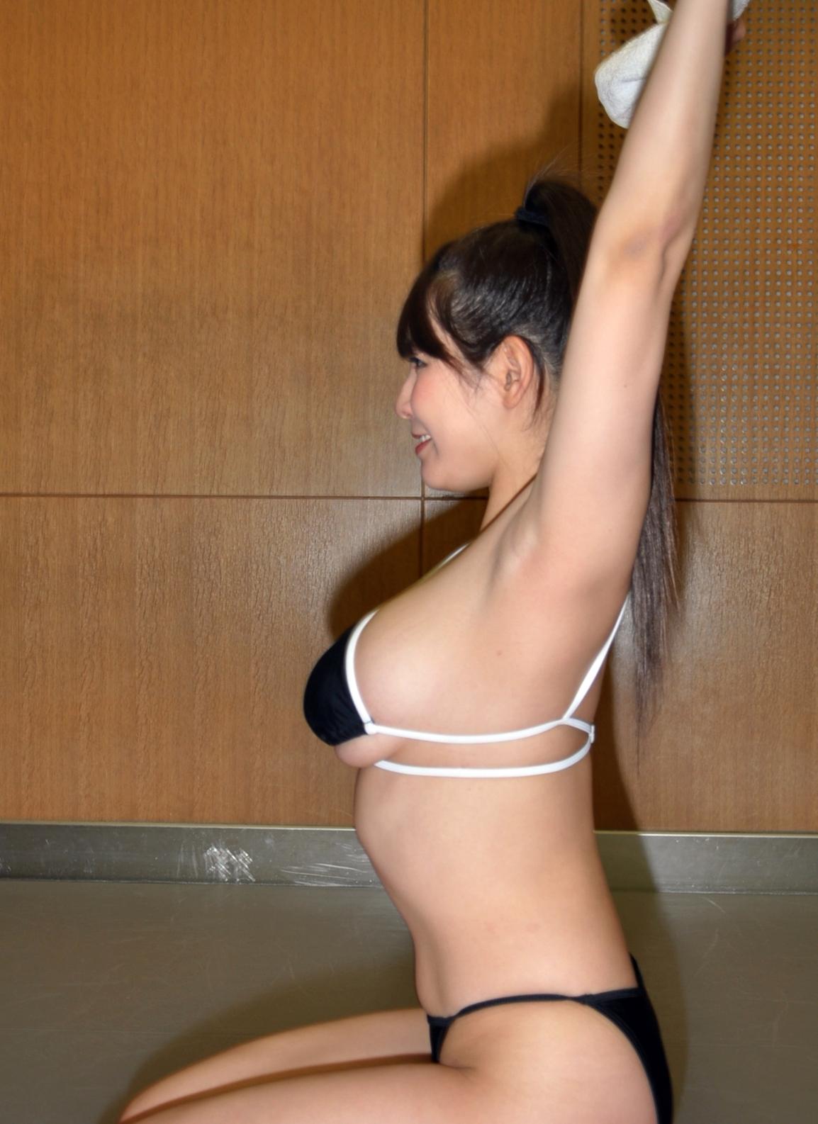 夏来唯の幅広腋 (3)