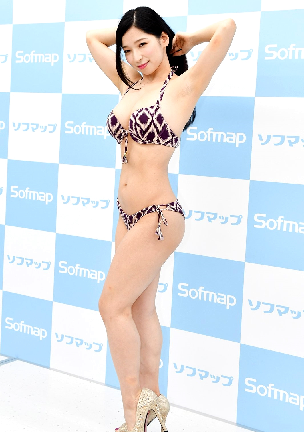 鶴あいかの熟腋 (1)