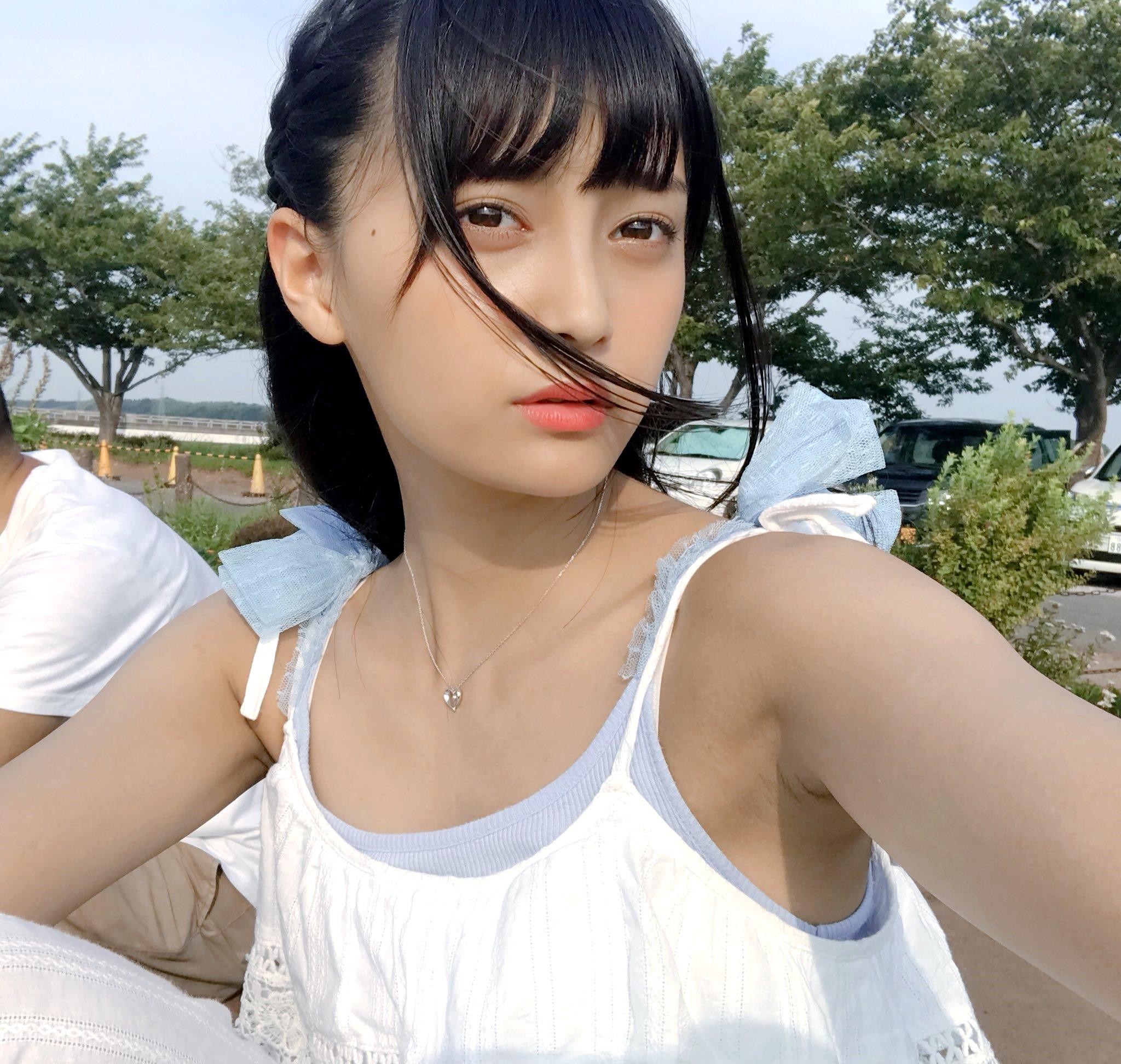 小山リーナの美腋 (1)