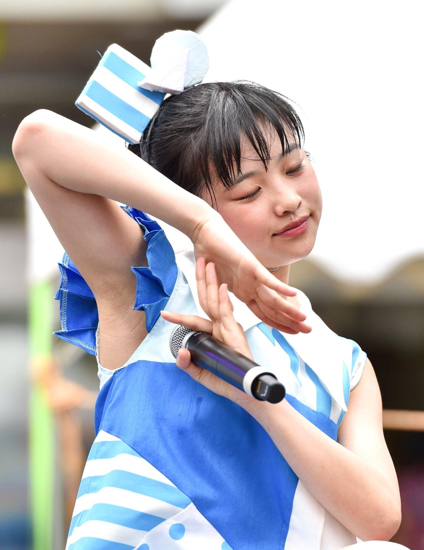 太田和さくらのデカ腋 (8)