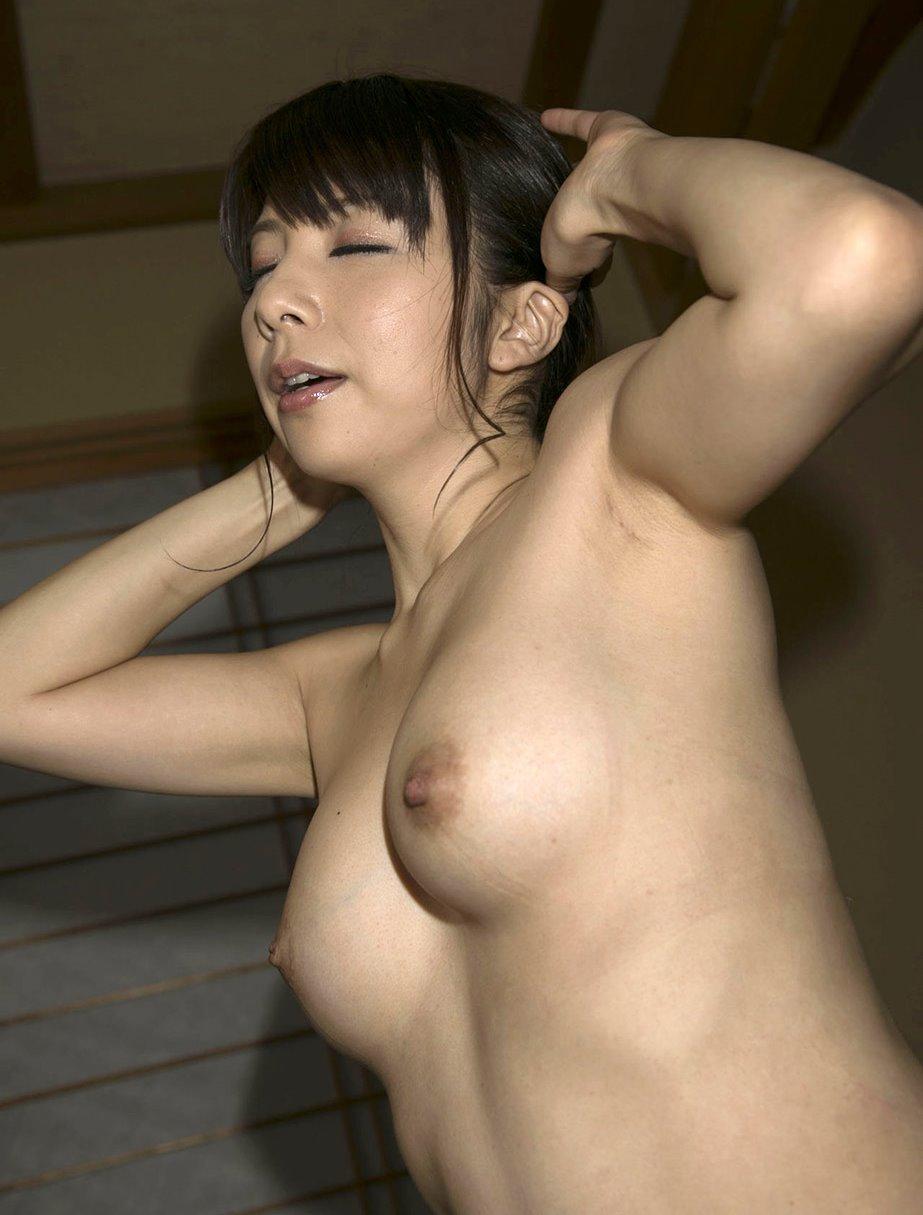 一条綺美香の美熟腋 (12)