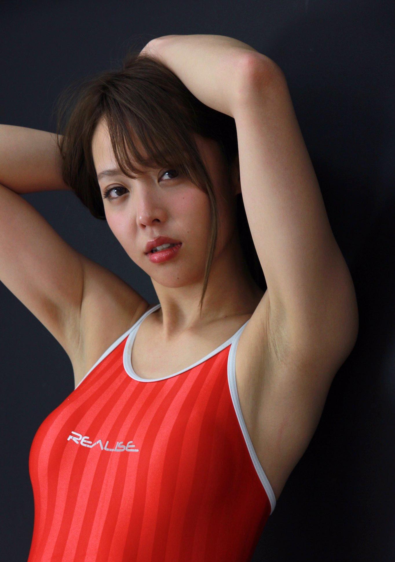 吉野七宝実のちょいジョリ脇 (20)