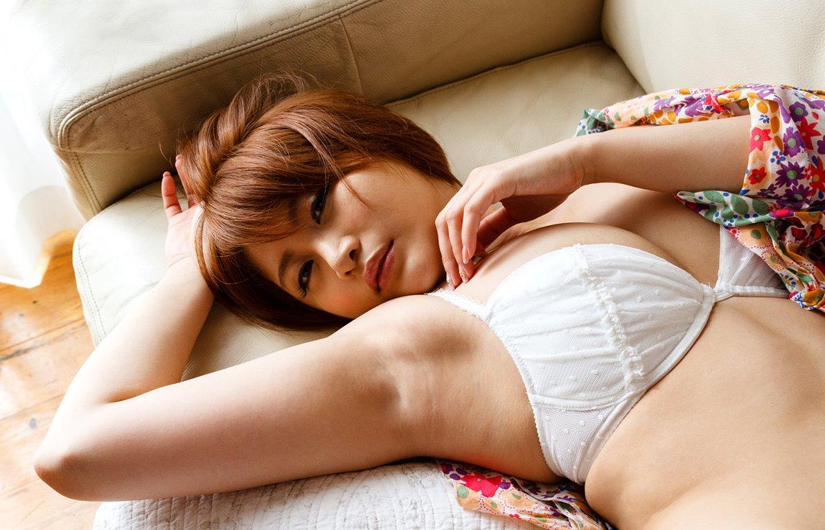 推川ゆうりのデカ腋 (2)