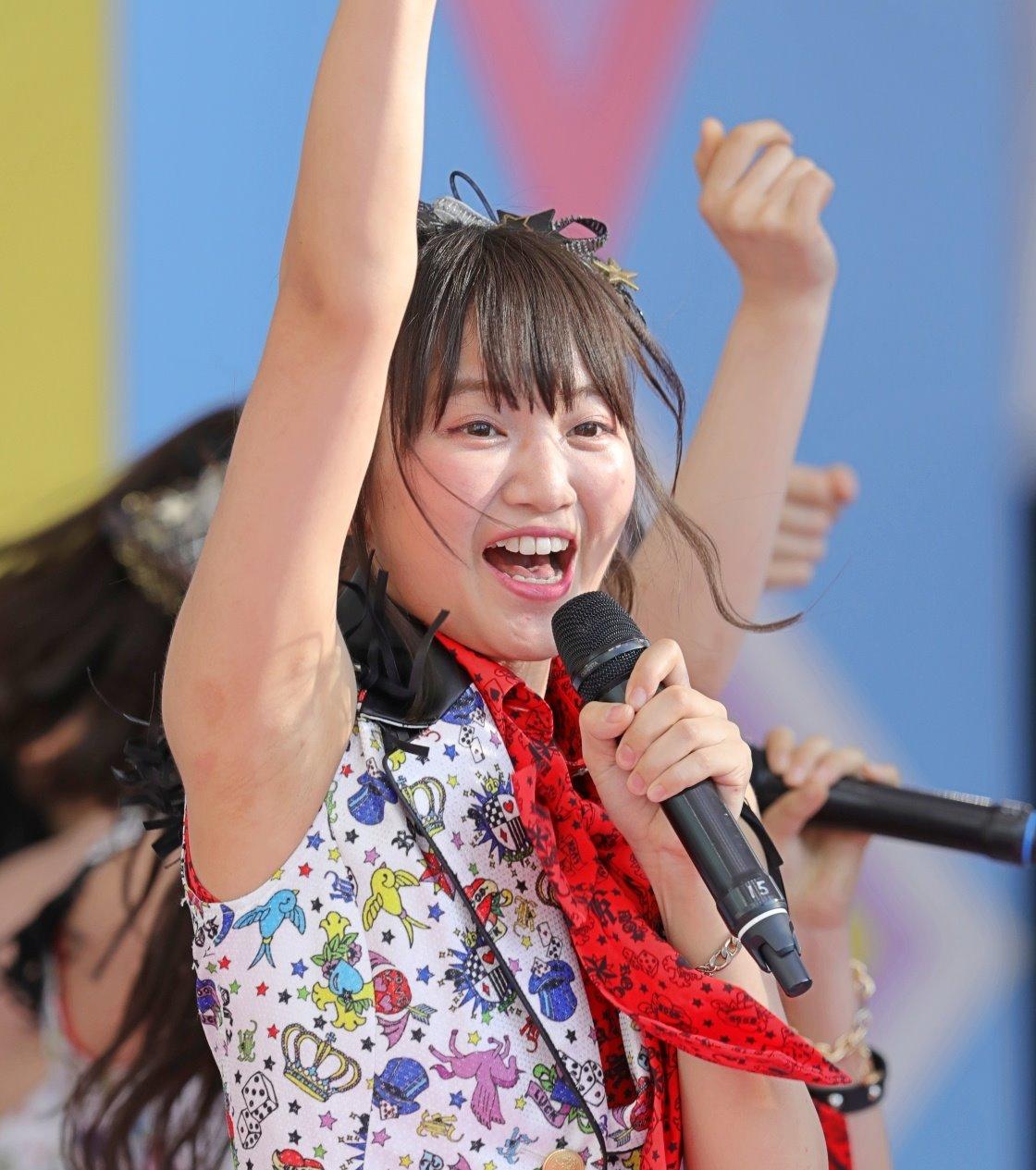 AKB48フレッシュ選抜メンバーの腋見せライブ (10)