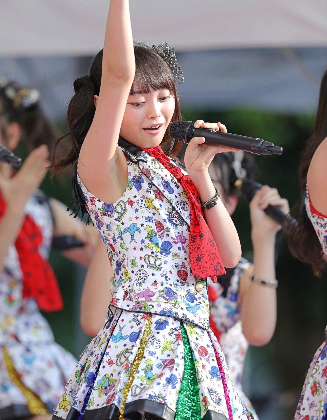 AKB48フレッシュ選抜メンバーの腋見せライブ (11)