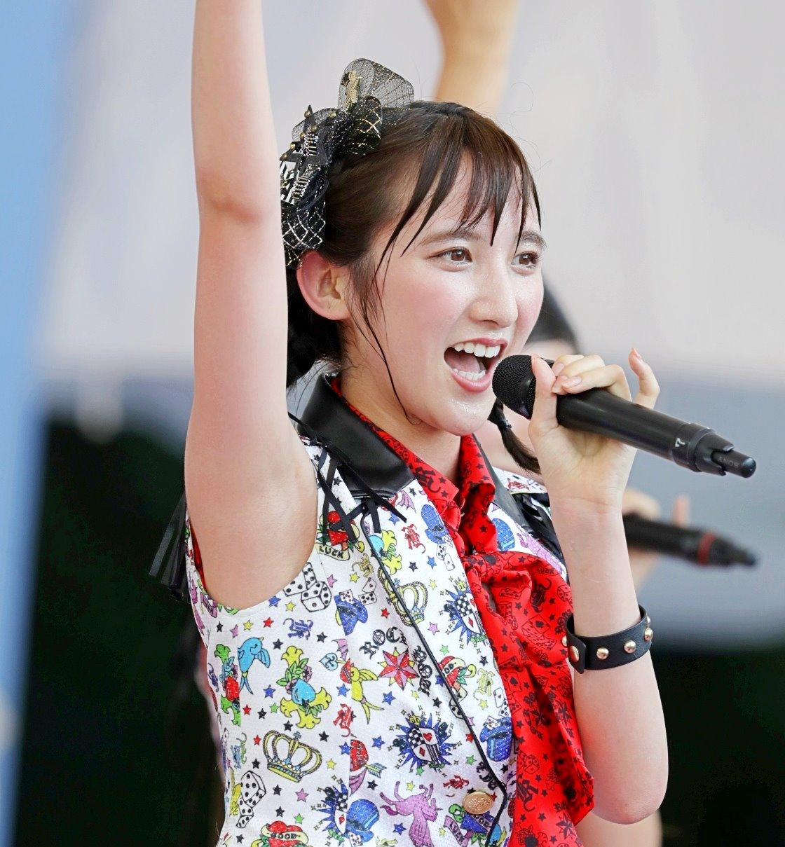 AKB48フレッシュ選抜メンバーの腋見せライブ (14)