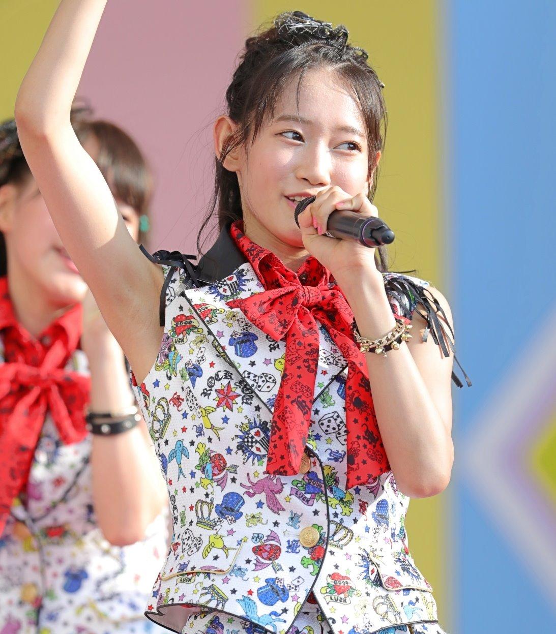 AKB48フレッシュ選抜メンバーの腋見せライブ (15)