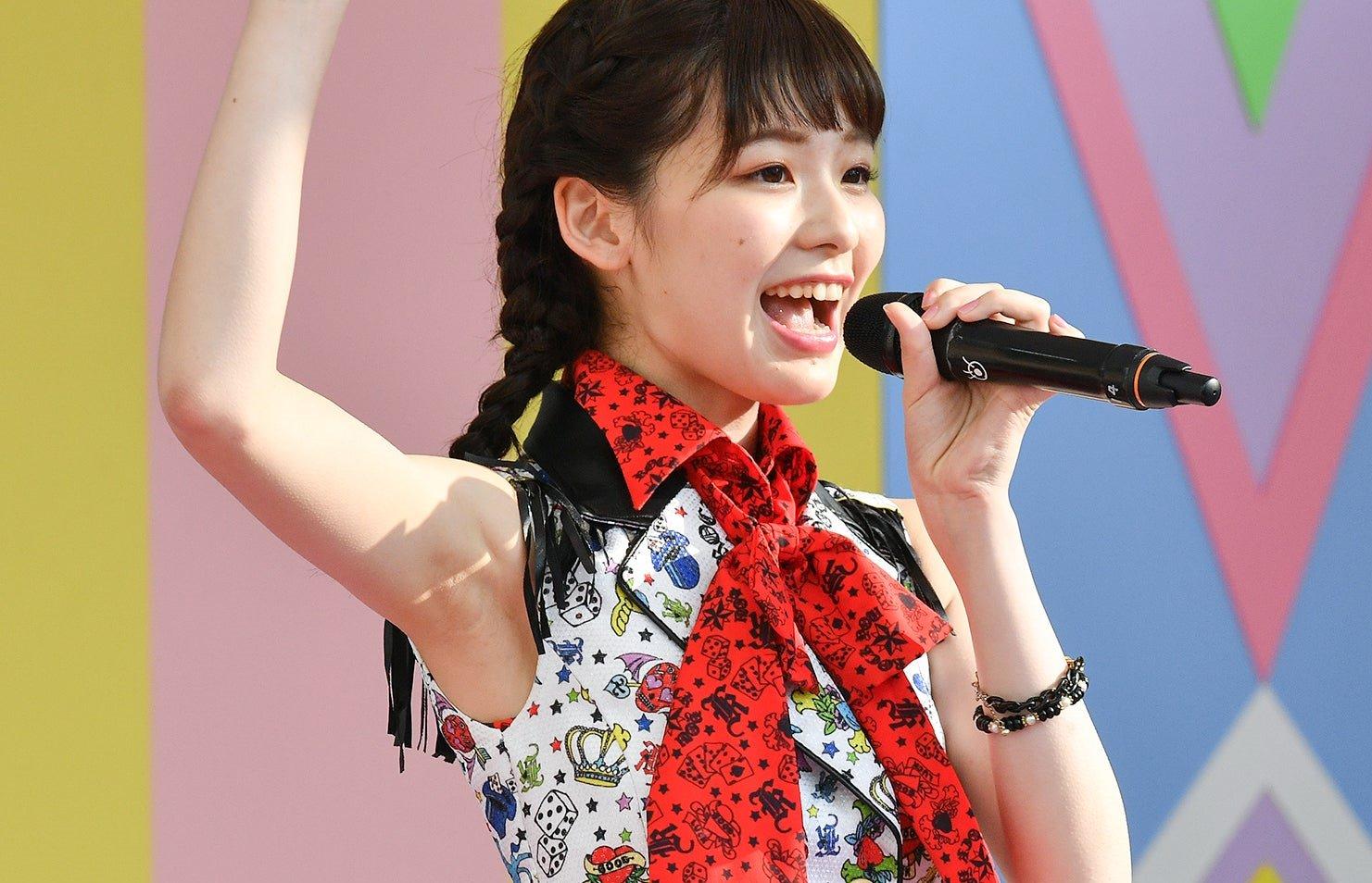 AKB48フレッシュ選抜メンバーの腋見せライブ (18)