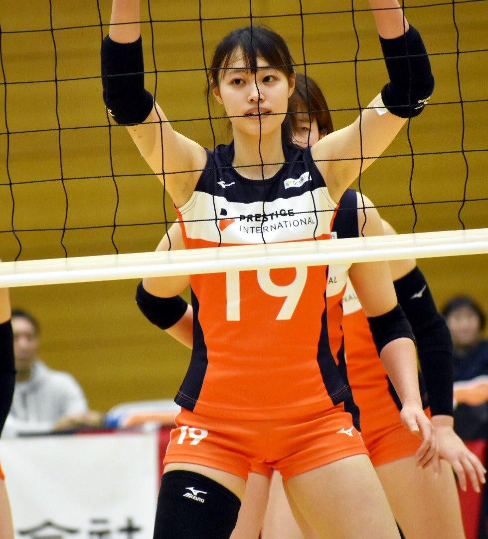 菅原里奈のちょいジョリ腋 (5)