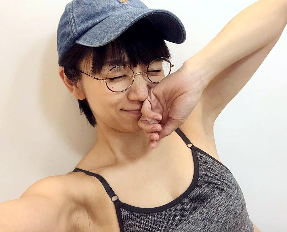 時東ぁみのジム腋 (4)