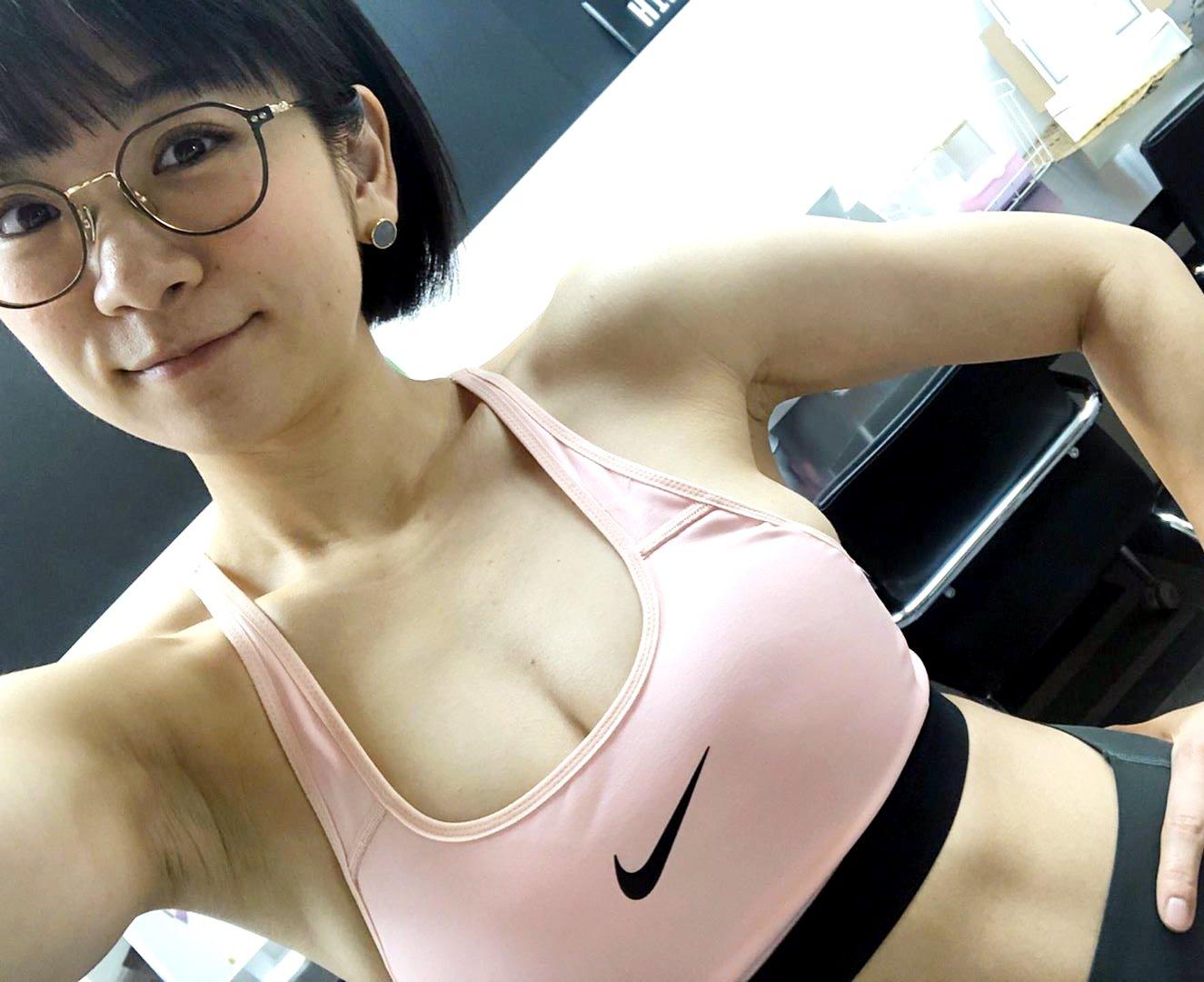 時東ぁみのジム腋 (6)